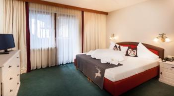 Hotel Waidringer Hof****S