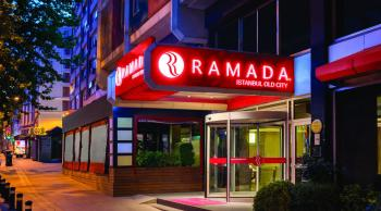 Hotel Ramada Old city