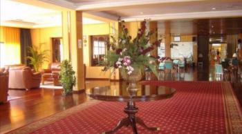 Hotel Tritón