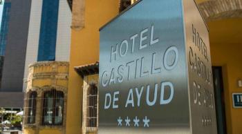 Zaragoza en fin de a o con adolescentes - Castillo de ayud ...