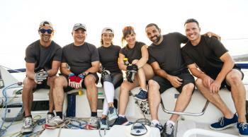 Amigos en velero