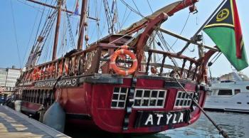 Barco Atyla