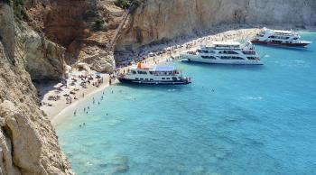 Velero por Grecia