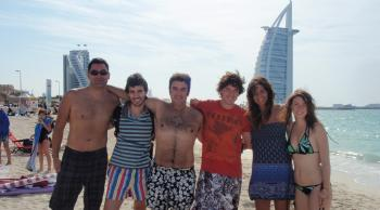 Dubai con amigos single