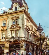 Visitar la calle peatonal Knez Mihailova